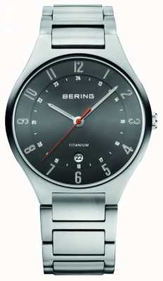 Bering Herren Titan analoge Uhr des Quarzes 11739-772