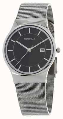 Bering Herren schwarzes Zifferblatt Silber Armband 11938-002