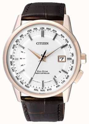 Citizen Funkgesteuert auf ewig braunes Armband | weißes Zifferblatt CB0153-21A