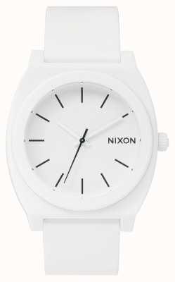 Nixon Zeitmesser p | mattweiß | weißes Silikonband | weißes Zifferblatt A119-1030-00